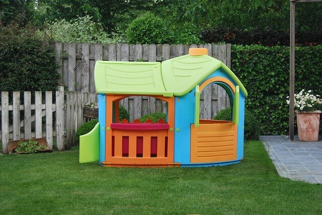 Best Outdoor Playhouse For Toddlers