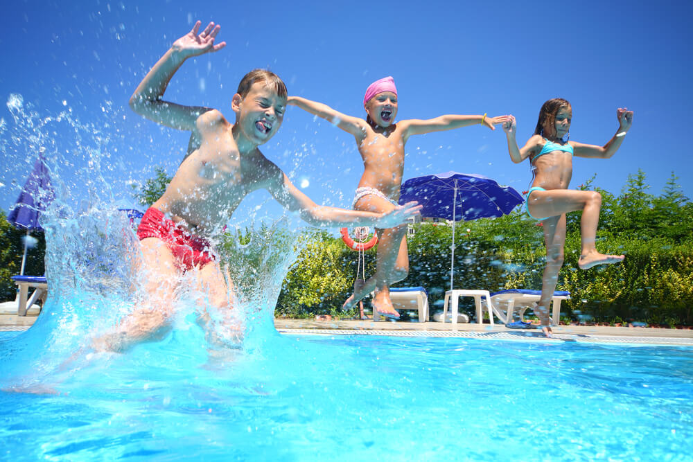 funny swimming pool games for kids