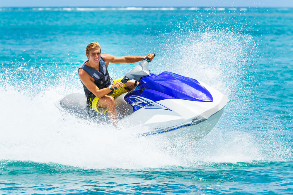how much does a jet ski weigh